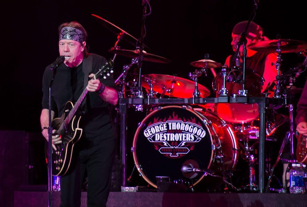 Exciting Wildhorse Saloon Performance by George Thorogood and the Destroyers